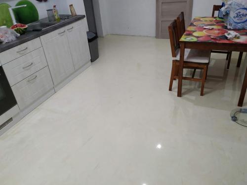 Liata podlaha kuchyňa